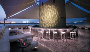 Abu Dhabi Roof Top Bar