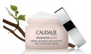 Caudalie-RVLift_Cachemire Creme Pflanze offen