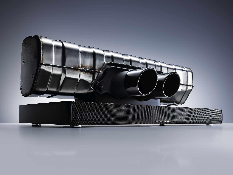 porsche design soundbar einzigartiges home soundsystem the finest emirates luxus magazin. Black Bedroom Furniture Sets. Home Design Ideas