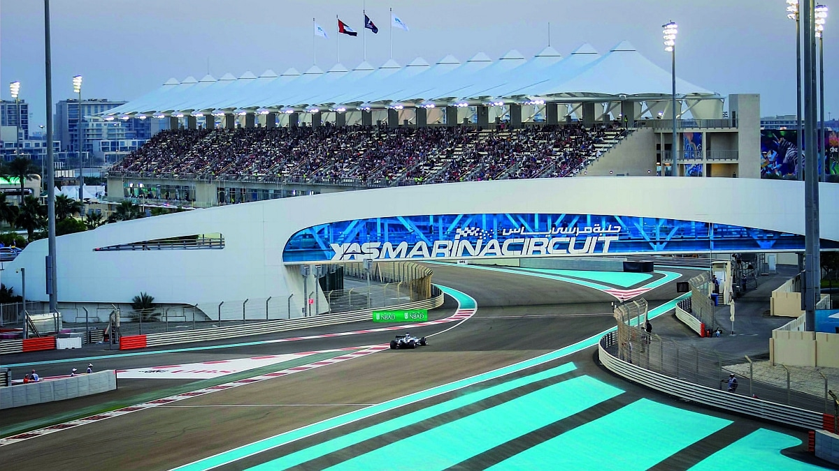yas marina circuit the finest emirates luxus magazin lifestyle travel. Black Bedroom Furniture Sets. Home Design Ideas